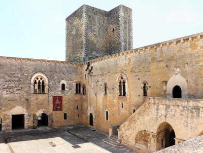 Cortile del Castello di Gioia del Colle.