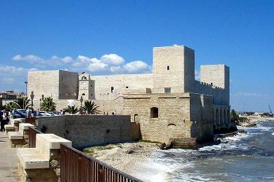 Il castello svevo di Trani.
