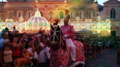 Cavalcata di Sant'Oronzo a Ostuni il 26 agosto.
