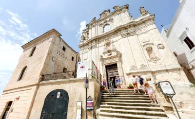 Chiesa di San Vito martire e Museo archeologico di Ostuni.