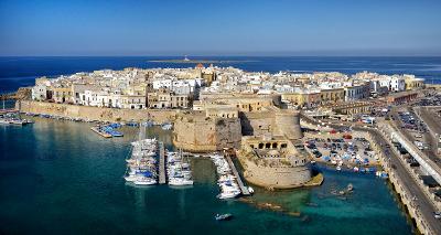 Il centro storico di Gallipoli con il Castello.