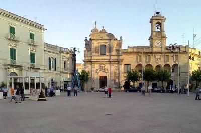 Gioia del Colle in provincia di Bari, piazza Plebiscito.
