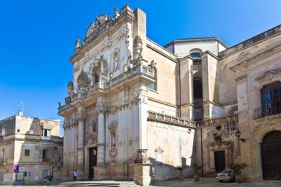 La chiesa di San Giovanni Battista o del Rosario vicino Porta Rudiae.