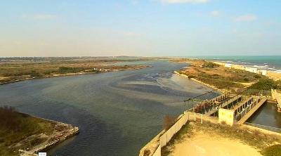 Il bacino di Acquatina a Frigole.
