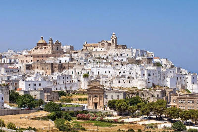 Ostuni in Puglia, la città bianca.