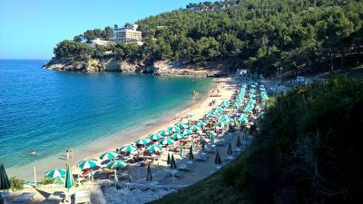 La spiaggia di Pugnochiuso in Gargano.