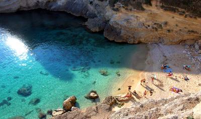 La spiaggia di Porto Miggiano nel Salento.