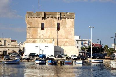 La torre Cesarea a Porto Cesareo in Salento.