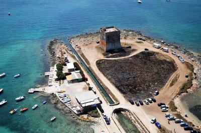 Torre Lapillo sul mare vicino Porto Cesareo.